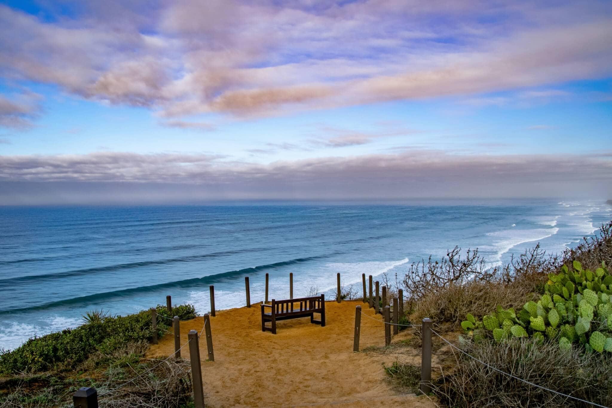 Bench overlooking Torrey Pines State Beach in Del Mar, CA